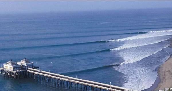 malibu-surfing