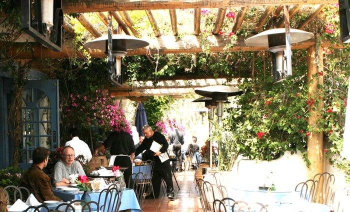 10 Malibu Restaurants Open On Christmas All Things Malibu