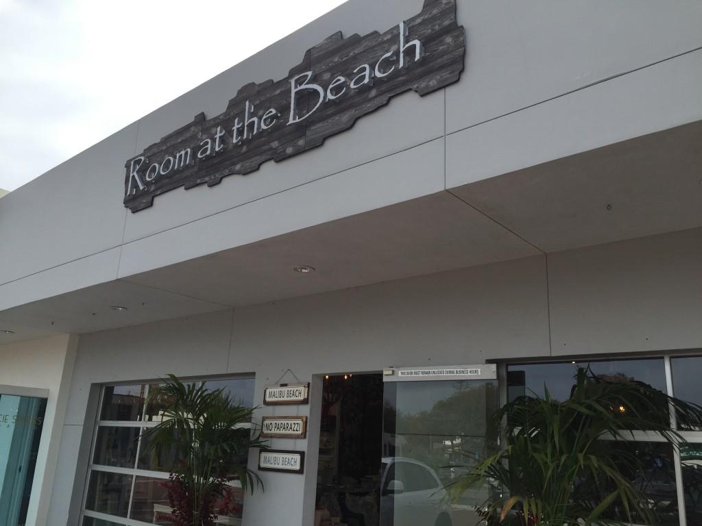 local-malibu_room-at-the-beach-store_all-things-malibu