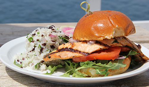 grilled_salmon_sandwhich_small